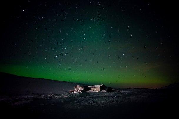 National-Geographic-traveler-photo-contest2012-11-Huset-Michelle-Schantz-Finnmark-Norway