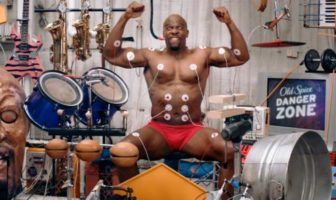 old-spice-muscle-music-video-musicale-interactive-muscle-terry-crews-vimeo