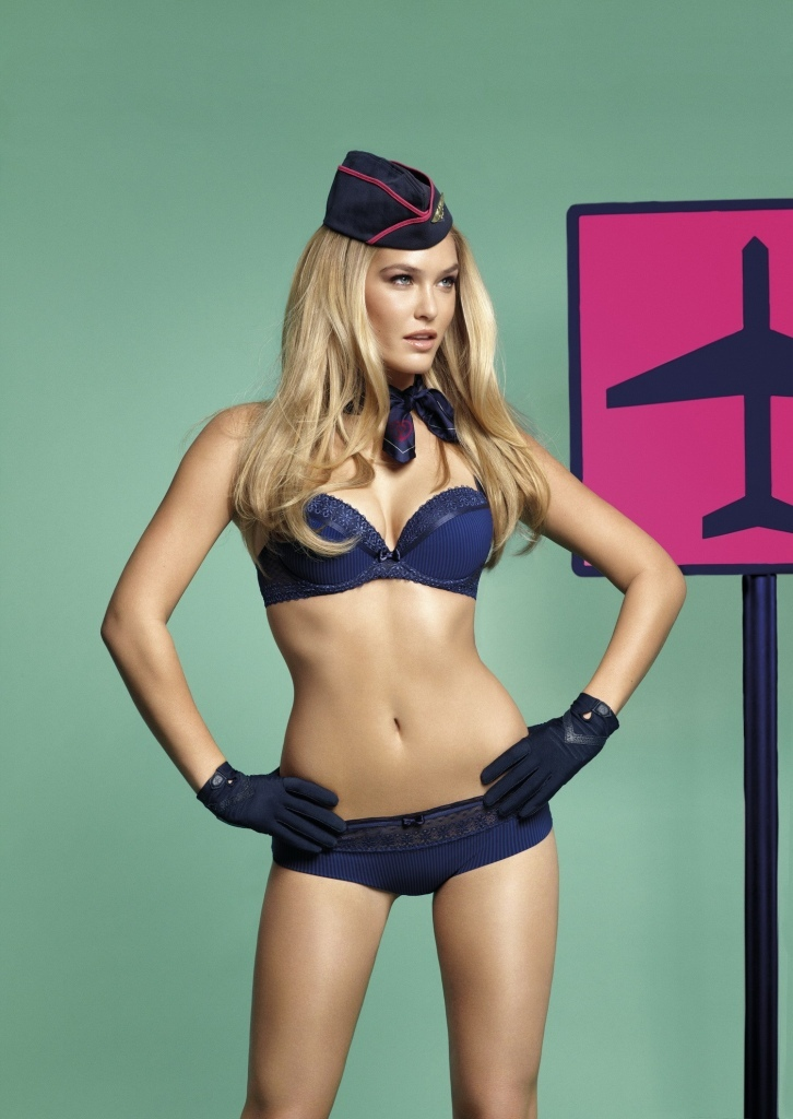 Bar-Refaeli-lingerie-sexy-Passionata-aout-2012-02-Lovely-Passio