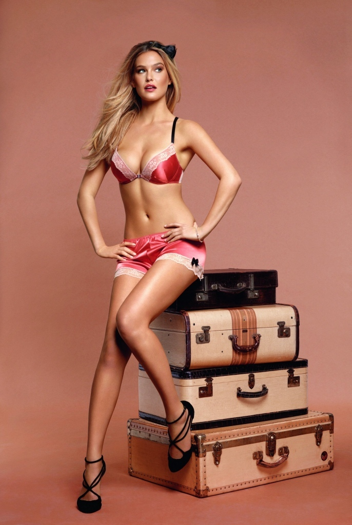 Bar-Refaeli-lingerie-sexy-Passionata-aout-2012-03