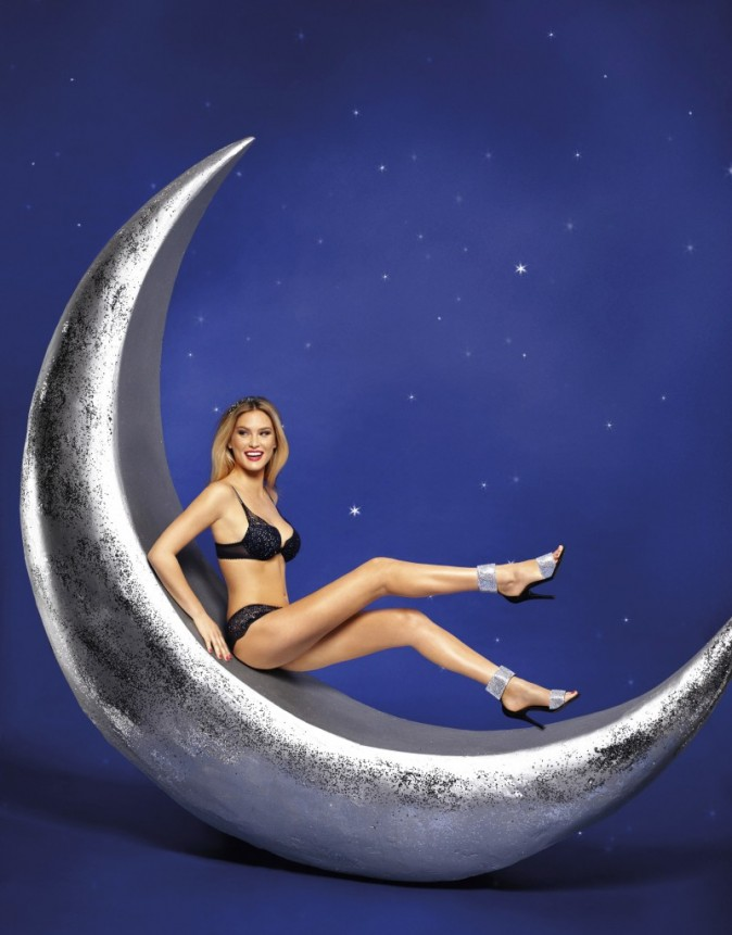 Bar-Refaeli-lingerie-sexy-Passionata-aout-2012-11-White-Nights-2