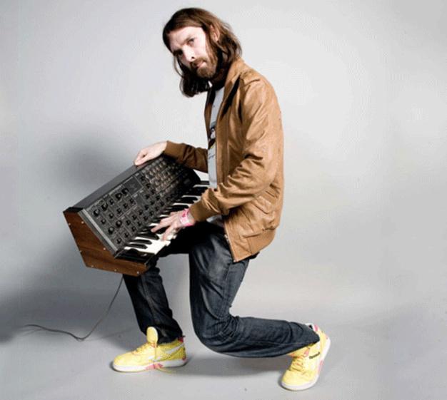 Breakbot : photo de Thibaut Berland artiste électro Ed Banger Records