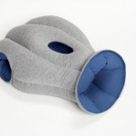 Ostrich Pillow : oreiller mobile pour faire la sieste partout par Kawamura-Ganjavian 04