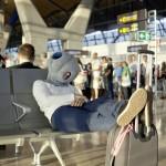 Ostrich Pillow : oreiller mobile pour faire la sieste partout par Kawamura-Ganjavian 05
