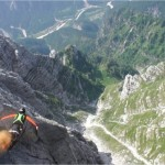 pushing-the-limits-documentaire-sports-extremes-wingsuit-Robert_Pecnik_by_Thierry_Donard