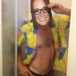 Tétons à l'air pour Kate : les anglais posent seins nus pour soutenir Kate Middleton 06