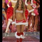 2005 : Gisele Bundchen porte le Sexy Splendor Fantasy Bra (12,5 millions de dollars). Soutien gorge le plus cher du monde Victoria's Secret sexy.