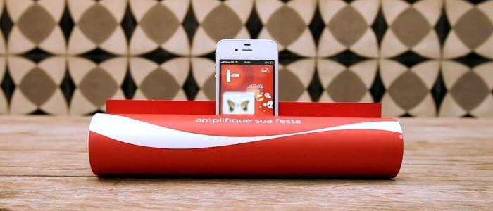 coca cola fm transforme un magazine en amplificateur audio pour iphone. Black Bedroom Furniture Sets. Home Design Ideas