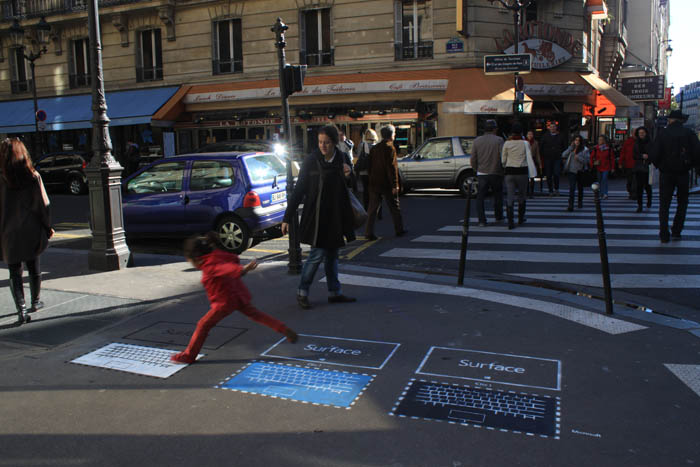 Microsoft Surface Street Marketing par Urban Act 02
