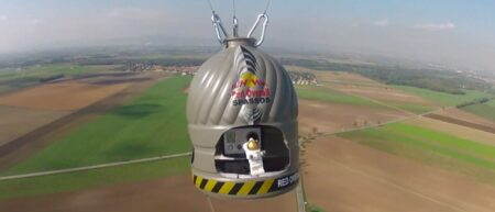 Parodie de Red Bull Stratos en Lego Stopmotion