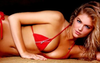 Calendrier Sports Illustrated Swimsuit 2013. Kate Upton Sexy en bikini rouge.