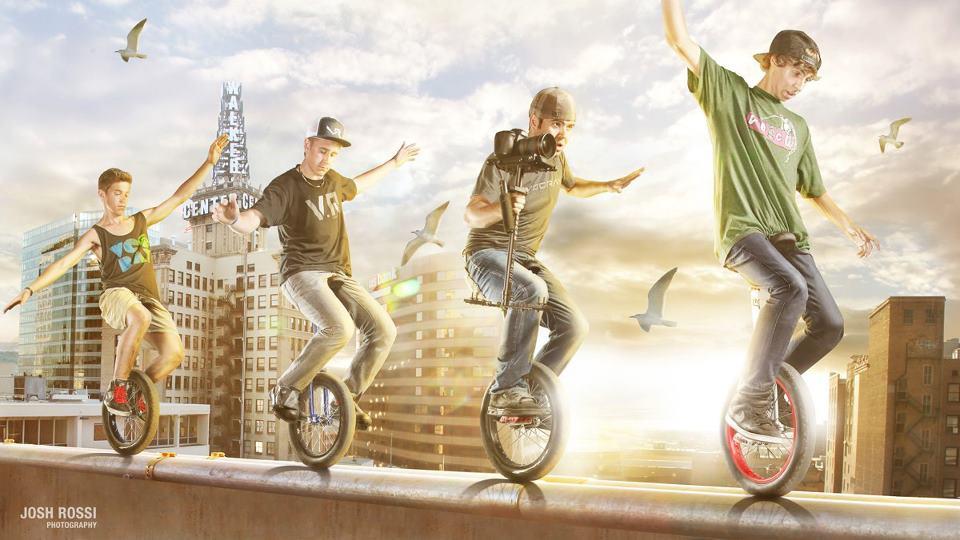 4 jeunes monocycleurs de l'extrême parcourent la ville. Unicycle freestyle, le monocycle de l'extrême. Film de Devin Graham Supertramp. Photo par Josh Rossi.