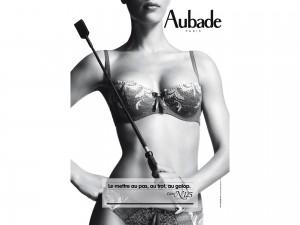 Aubade fond d'écran sexy. Wallpaper calendrier Aubade 2013. 01 leçon de séduction n°124.
