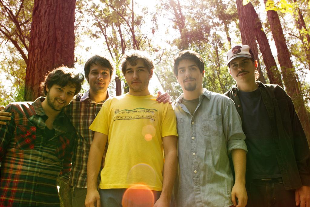 Holger, groupe de rock indépendant brézilen. Chanteurs de musique la pub de la pub Windows 8. Rock indie Brazil.