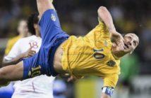 Zlatan Ibrahimovic, but incroyable ciseau retourné [bicyclette Suède Angleterre]