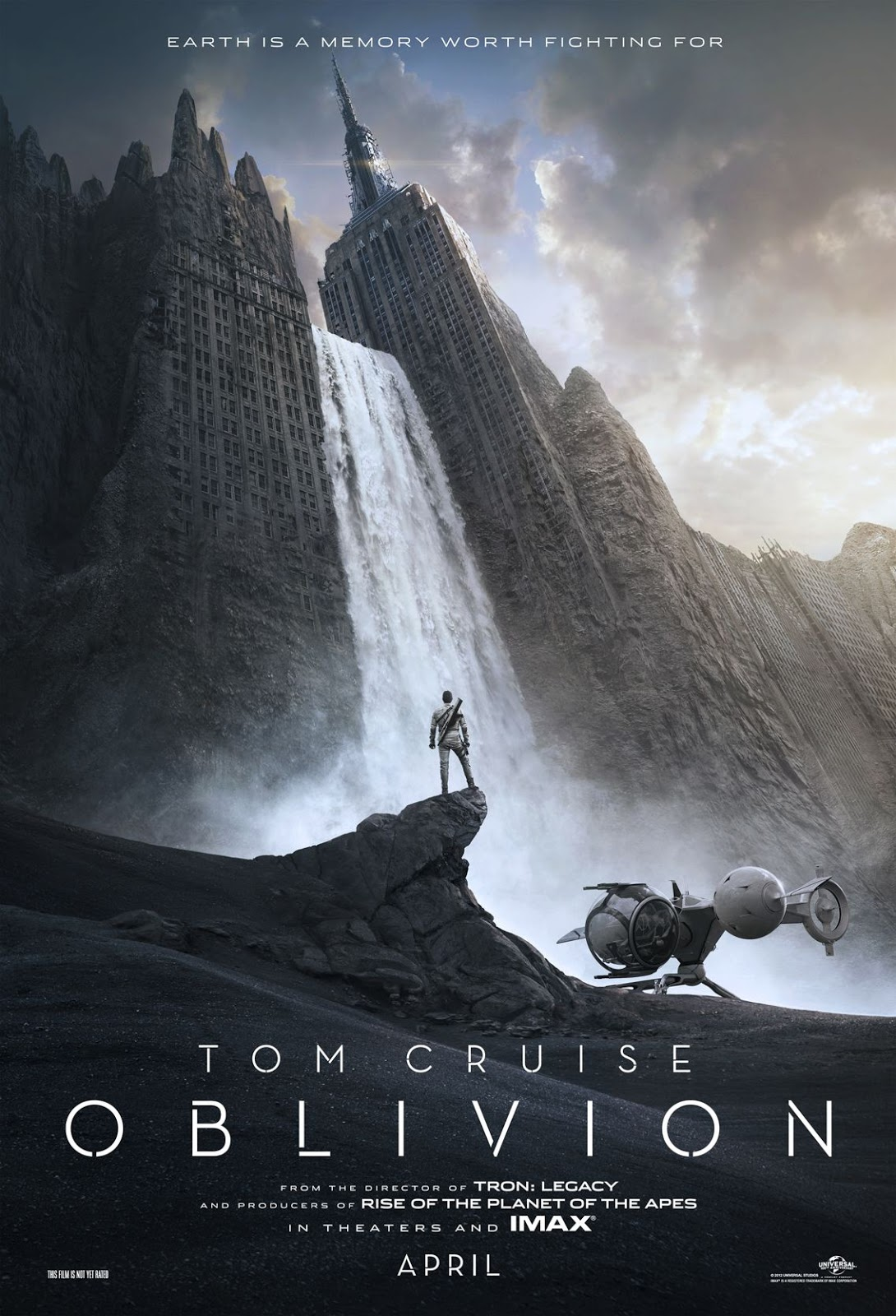 Affiche officielle du film de science-fiction 2013 Oblivion avec Tom Cruze en HD (Haute Définition).
