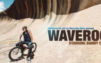 Wave Rock : BMX sur un rocher en forme de vague en Australie