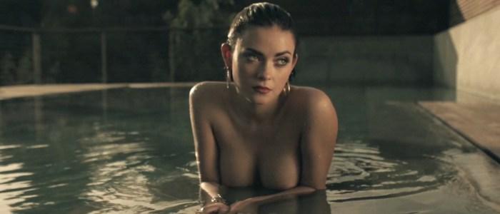 Le model Alex A. de photogenics media pose nue sexy et glamour. Chrysalis par Gabriel Everett pour Wolf Magazine.