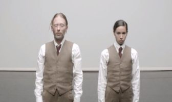 Clip Atoms For Peace : Ingenue. danse de Tom York et Fukiko Takase.