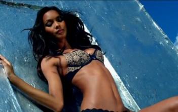 """Lais Ribeiro """"very sexy"""" en lingerie Victoria's Secret"""