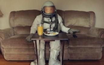 Tambourine : l'astronaute nostalgique de l'espace [Clip Dave Armstrong]
