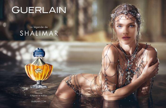 Natalia Vodianova nue dans la légende de Shalimar - Pub Guerlain