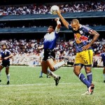 henrying main de dieu maradona