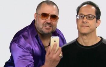 "humour iphone 5s : parodie en or ""gold is best"""