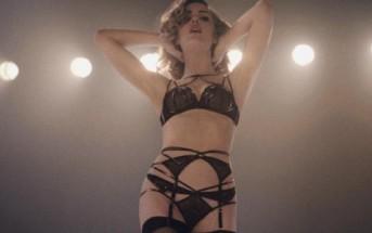 Melissa George sexy dans la pub Agent Provocateur Control Yourself