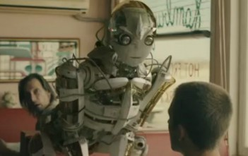 Robot transformers dans la pub Vodaphone - Add Power To Your Life
