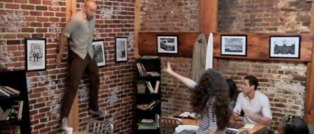 Camera cachée et télékinésie pour la promo du film Carrie 2013