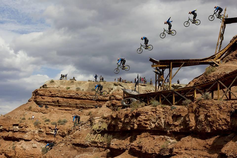 Le saut no-hander de Kyle Strait, vainqueur du Red Bull Rampagne 2013