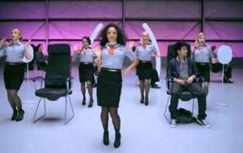 La vidéo de sécurité aérienne musicale de Virgin America, VXsafetydance