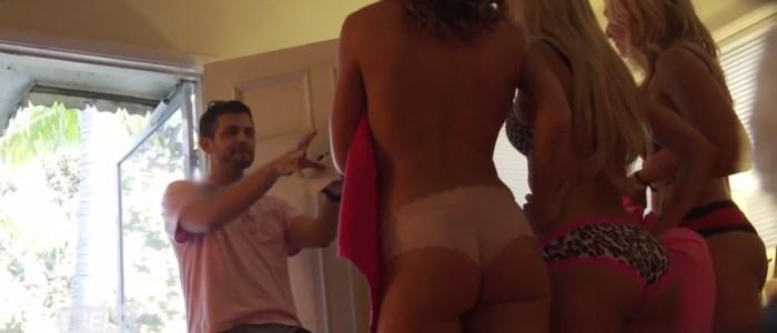 3 filles nues toles s en lingerie deavnt un livreur - caméra cachée sexy Break