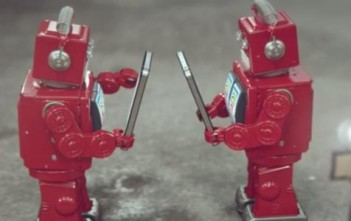 idiots : robots rouges qui caricaturent iphone et smartphones