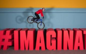 VTT Trial : l'imagination d'un enfant donne vie à un jouet [Red Bull]