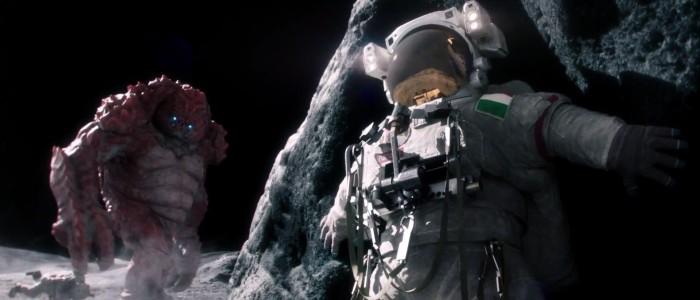 Astronaute sur la Lune avec un monstre - pub beans faillots