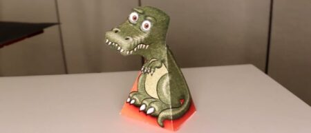 L'illusion d'optique du t-rex : un dinosaure tourne la tête et vous suit du regard