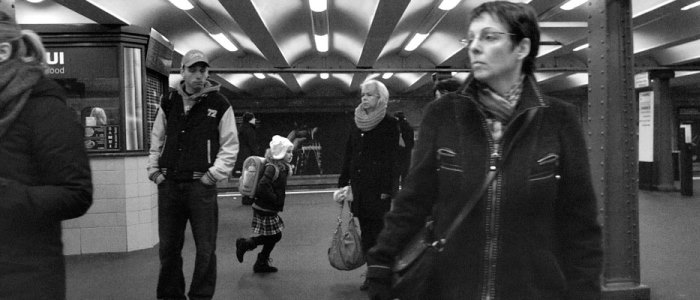 Adam_Magyar_Stainless_slowmotion_metro