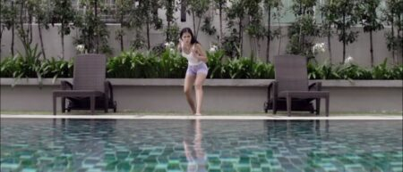 marcher sur l'eau d'un piscine