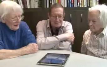 Papy et son iPad : n'offrez jamais une tablette tactile à un senior