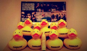 Les canards en plastique de canalsat pour les documentaires du mois de la découverte