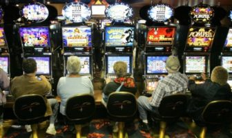 humour machine à sous & cameras cachées slot machine