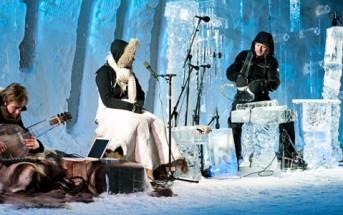 Le festival des instruments de musique sculptés dans la glace