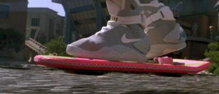hoverboard, le skateboard volant de retour vers le futur