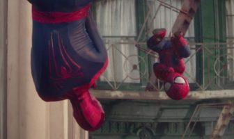 """Spider Man bébé dans la pub Evian """"The Amazing Baby & Me 2"""""""