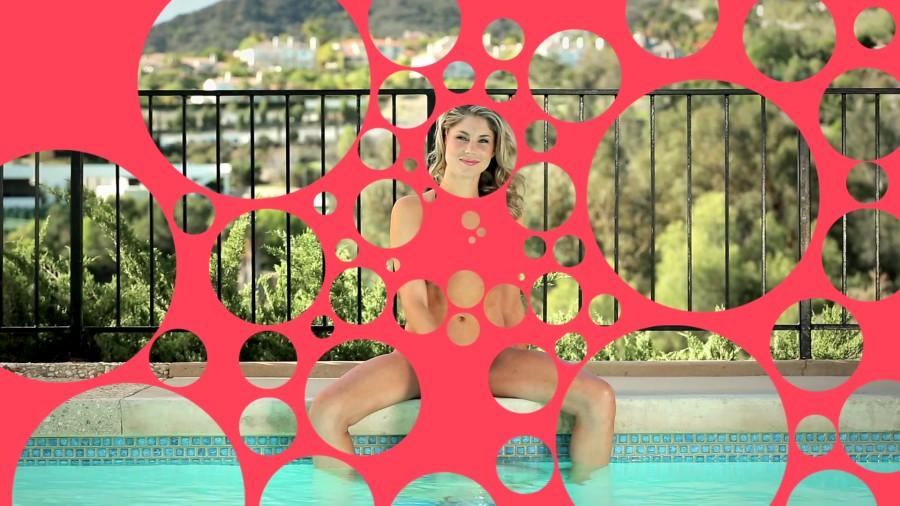 bubble porn : cette fille n'est pas en train de se masturber au bord de la piscine