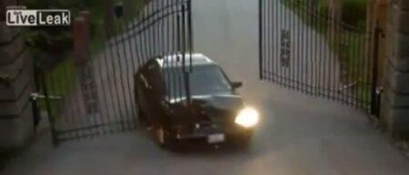 Humour : l'accident de Régis avec un portail motorisé automatique