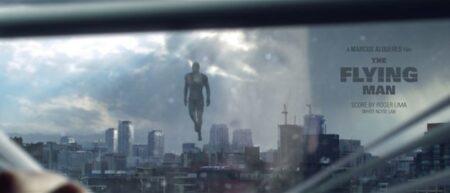 the flying man court-métrage sur un super héro volant