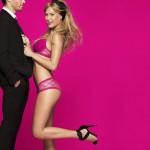 bar-refaeli-joue-lingerie-sexy-passionnata-2014-11